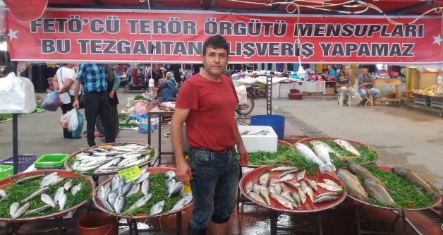 Konya stallholder bans sale of fish to Gulenists