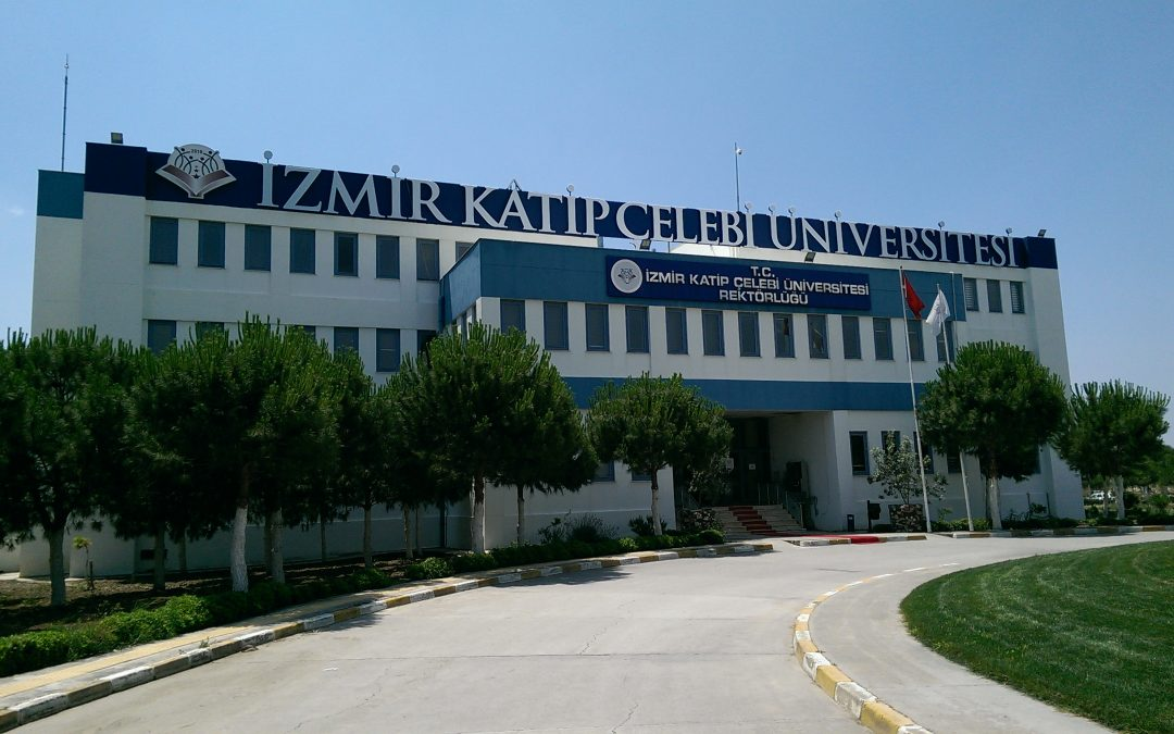 Court arrests 29 academics and university staff in İzmir over Gülen links