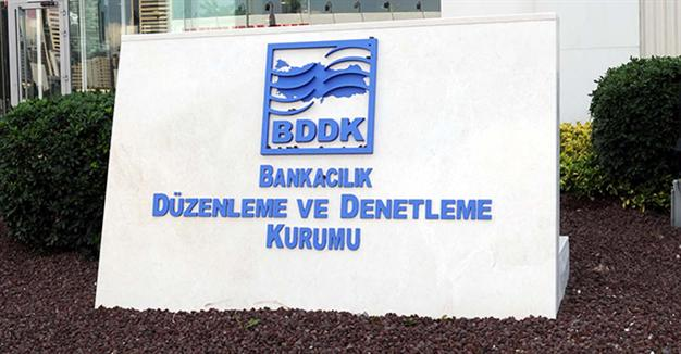 Turkey's purge spreads to banking regulator as police detain 29 inspectors