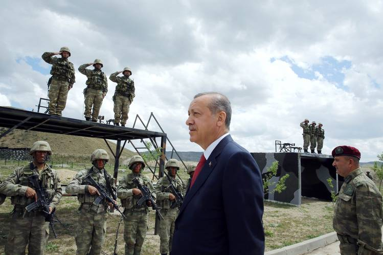 820 more personnel discharged from Turkish military