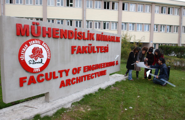 Turkey arrests 9 more academics, university staff over coup links