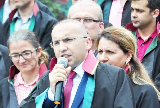 Bar association head, 5 lawyers detained in coup purge