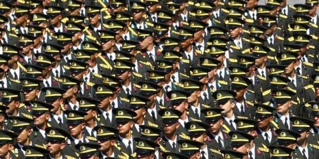 Turkish gov't sacks another 233 military members over Gülen links