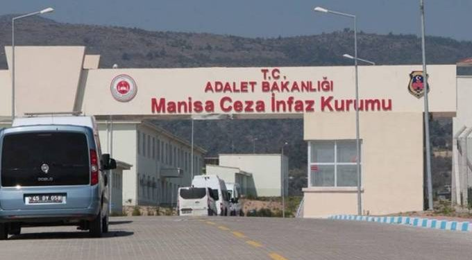 Faces of Manisa prisoners rendered unrecognizable due to torture, lawyer says