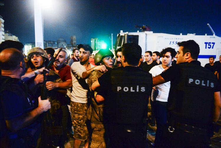 Turkey's purge extends to police officers who fought against coup on July 15