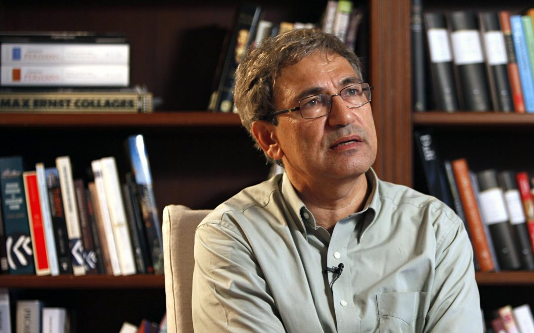 Nobel laureate Pamuk says gov't response to coup attempt goes against democracy