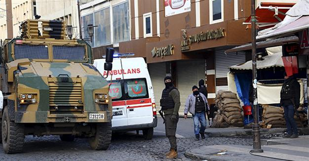 Curfews help cover up human rights violations in SE Turkey, report says