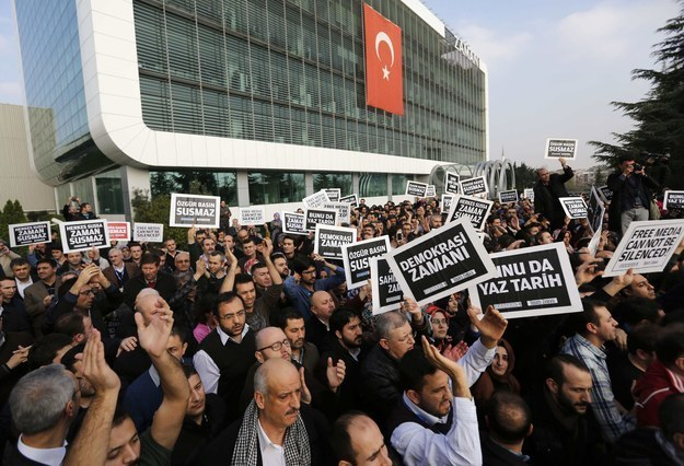 13 detained in Sakarya for attending protests against gov't media crackdown in 2014