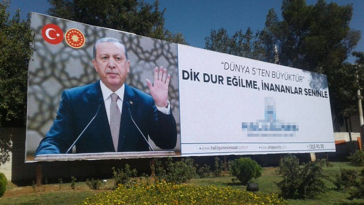 Building contractor who provided Şanlıurfa with Erdoğan billboards arrested over Gülen links