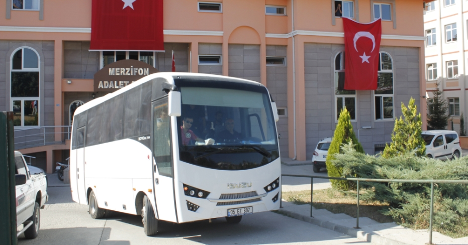 52 teachers, 15 doctors dismissed, 22 others arrested in Merzifon