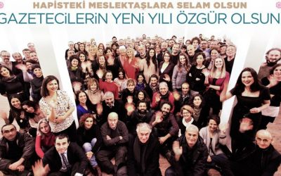 Turkey's veteran journalists gather to support arrested colleagues