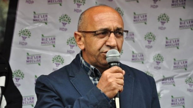 Pro-Kurdish HDP deputy Önlü detained at Ankara airport