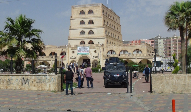 Trustees appointed to Mardin's Kızıltepe Municipality following arrest of co-mayors