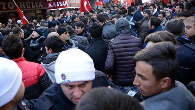 CHP's youth wing head beaten up in Kayseri