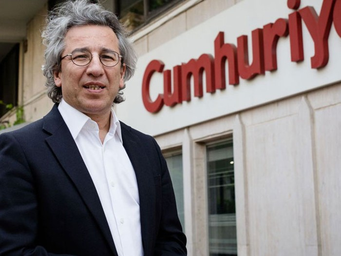 Turkey issues arrest warrant for exiled journalist Can Dündar