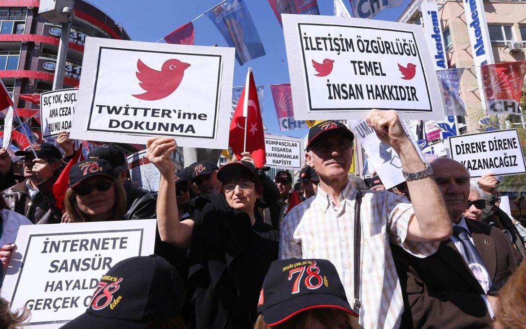 Turkish gov't investigates 68,774 social media users in 6 months