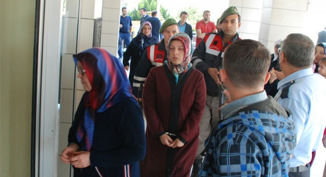 34 housewives arrested over Gülen links in İstanbul