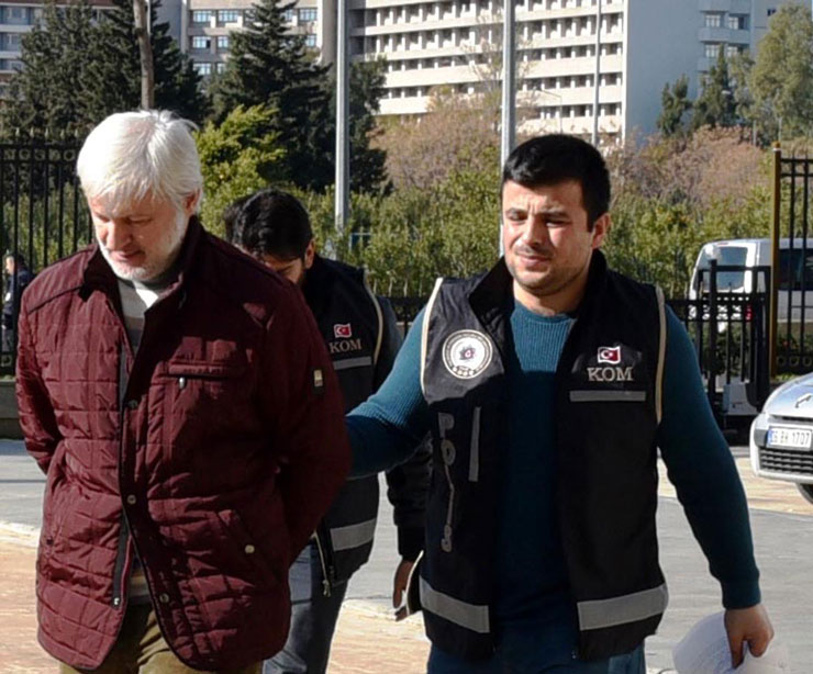 Erdoğan's former security manager arrested over Gülen links
