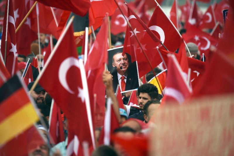 Turkish imams in Germany admit spying on Gülen movement