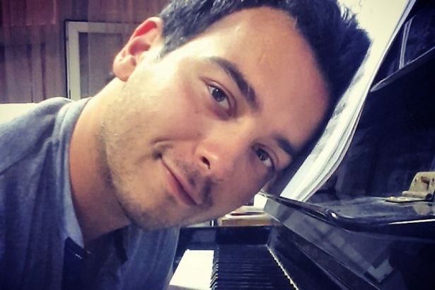 Police detain Turkish pianist over social media posts