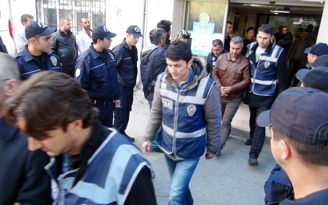 33 police officers arrested in Antalya, Ankara, Konya, Eskişehir, İstanbul over alleged coup involvement