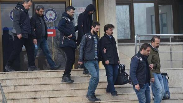 29 businessmen, doctors detained in Denizli over alleged coup involvement