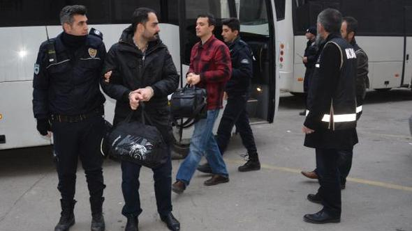 20 civilians detained in Bursa over alleged coup involvement