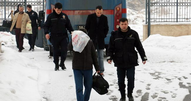 6 more police officers arrested over alleged coup involvement in Sivas