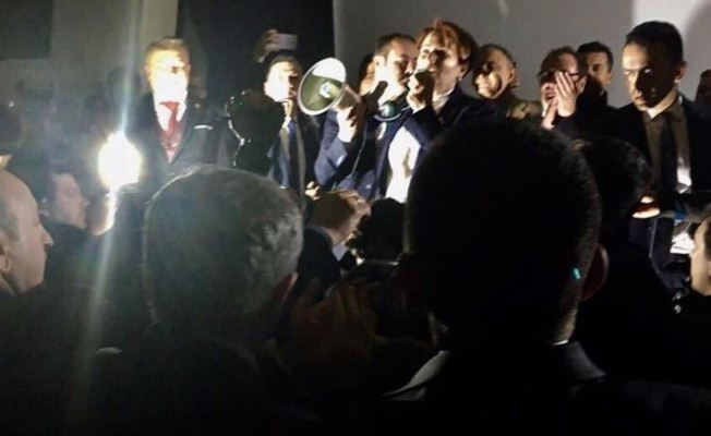 Hotel cuts power to prevent talk by expelled opposition deputy