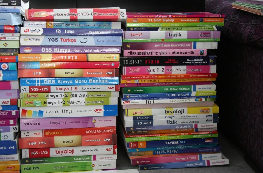 Gov't to destroy 216K math, science textbooks published by Gulenists