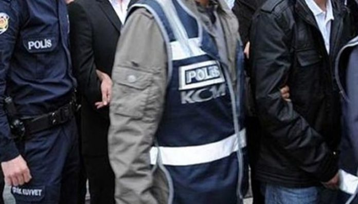Detention warrants issued for 100 civilians in 31 provinces over Gülen links