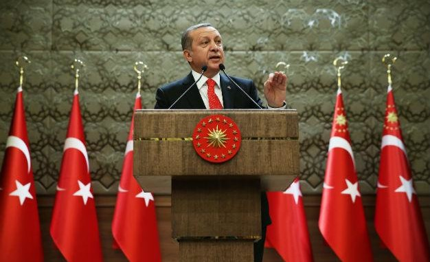 Not satisfied with the persecution so far, Erdoğan says academics, doctors should pay the price