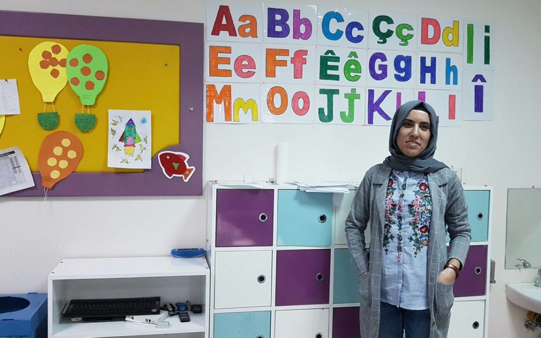 Gov't seizes Kurdish-run municipality; dismisses 37 kindergarten teachers, personnel