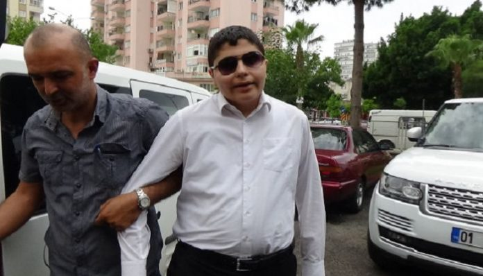 Visually impaired journalist briefly detained over 'insulting Erdoğan'
