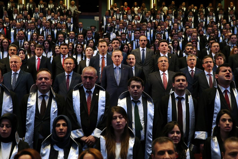 Turkey dismisses 202 more judges, prosecutors, bringing total to 4272
