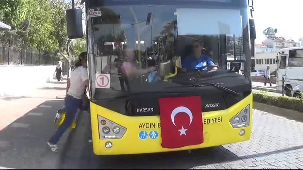 Turkish court sends Van man to prison for removing Turkish flag on public bus