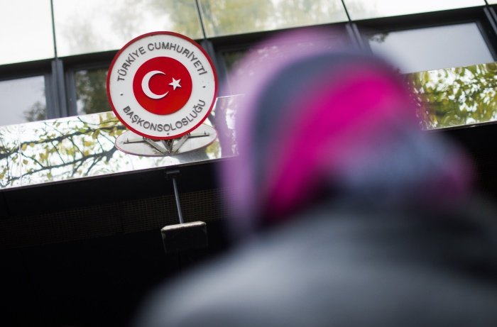Turkish gov't systematically denies consular services to critics abroad: watchdog
