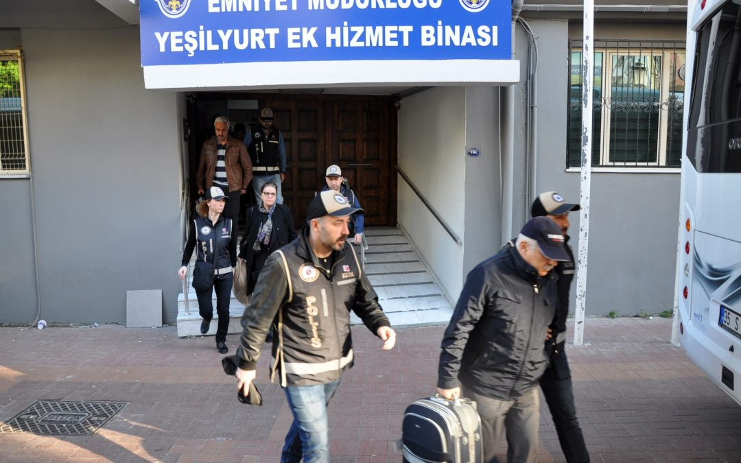 98 including doctors, small business owners detained over Gulen links