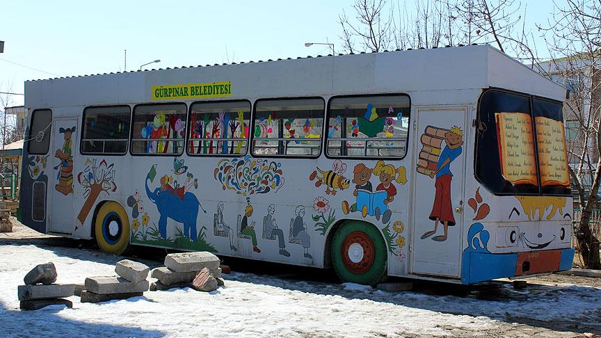Gov't-appointed trustee shuts down bus-turned-library over 'terror propaganda'