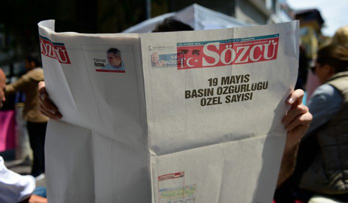 Opposition daily publishes blank pages to protest gov't crackdown