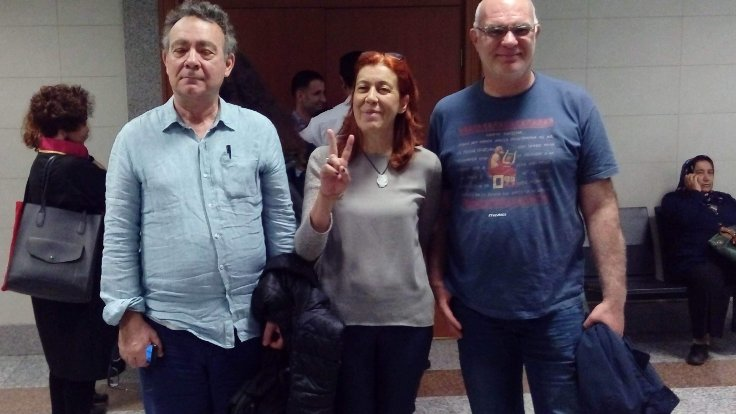 Academic, journalist given suspended sentences for showing solidarity with pro-Kurdish daily