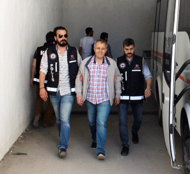 Turkey jails 9 more teachers over coup charges
