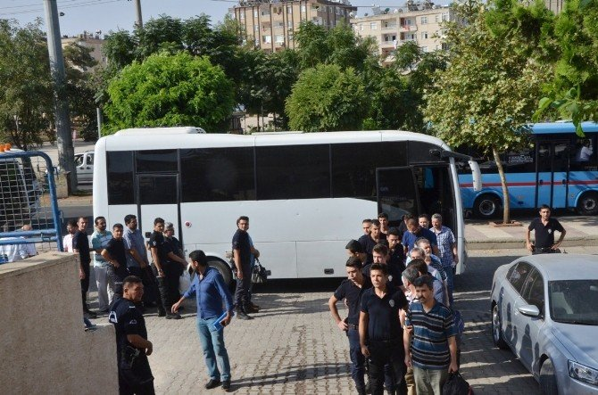 Another 11 lawyers detained in post-coup Gulenist crackdown