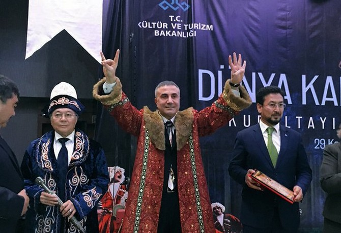 Pro-Erdogan gang leader says will hang all Gülenists