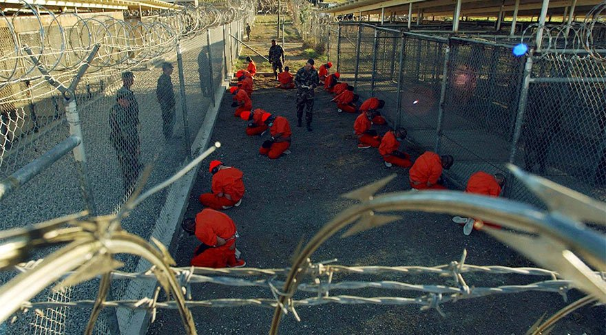 Erdogan proposes Guantanamo suits for those detained over coup charges