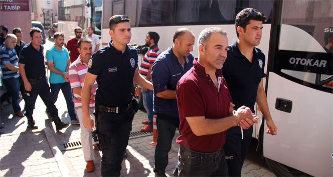 WEEKLY TALLY: Police detain 593 'Gülenists' in one week