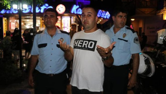 Adana man detained over 'hero' T-shirt while hanging out with friends