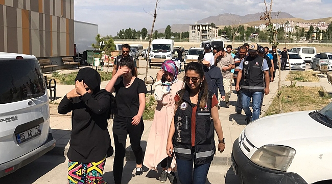 22 including lawyers, teachers, engineers detained in Van province