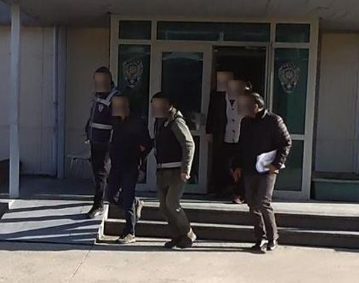 3 'Gülenists' put in pre-trial detention for trying to exit Turkey with revoked passports