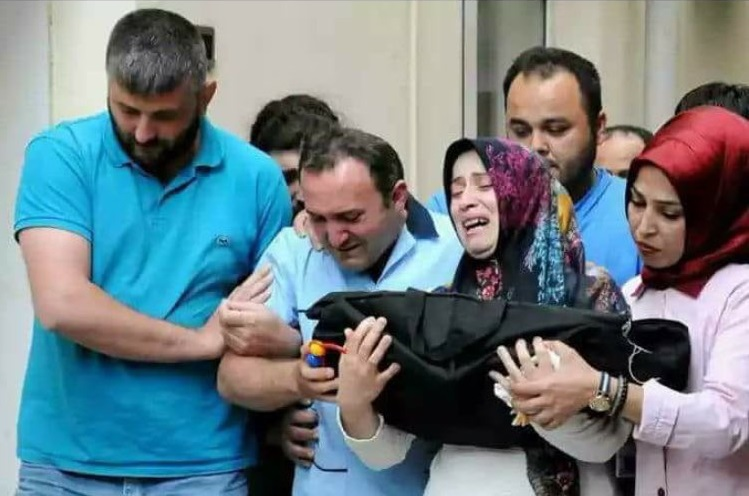 İstanbul woman suffers miscarriage in police custody: report
